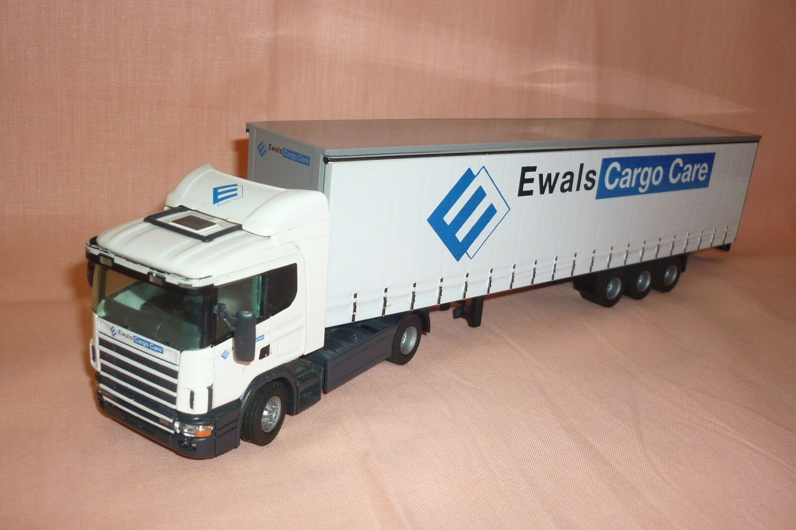 Tekno - SCANIA Promo - Articulated Lorry - with - Box Trailer