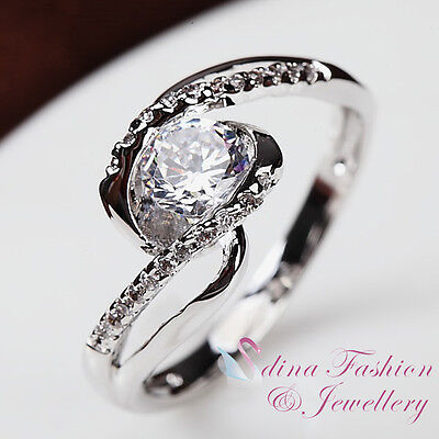 18K White Gold Plated Simulated Diamonds Exquisite 0.50 Carat Twist Band Ring
