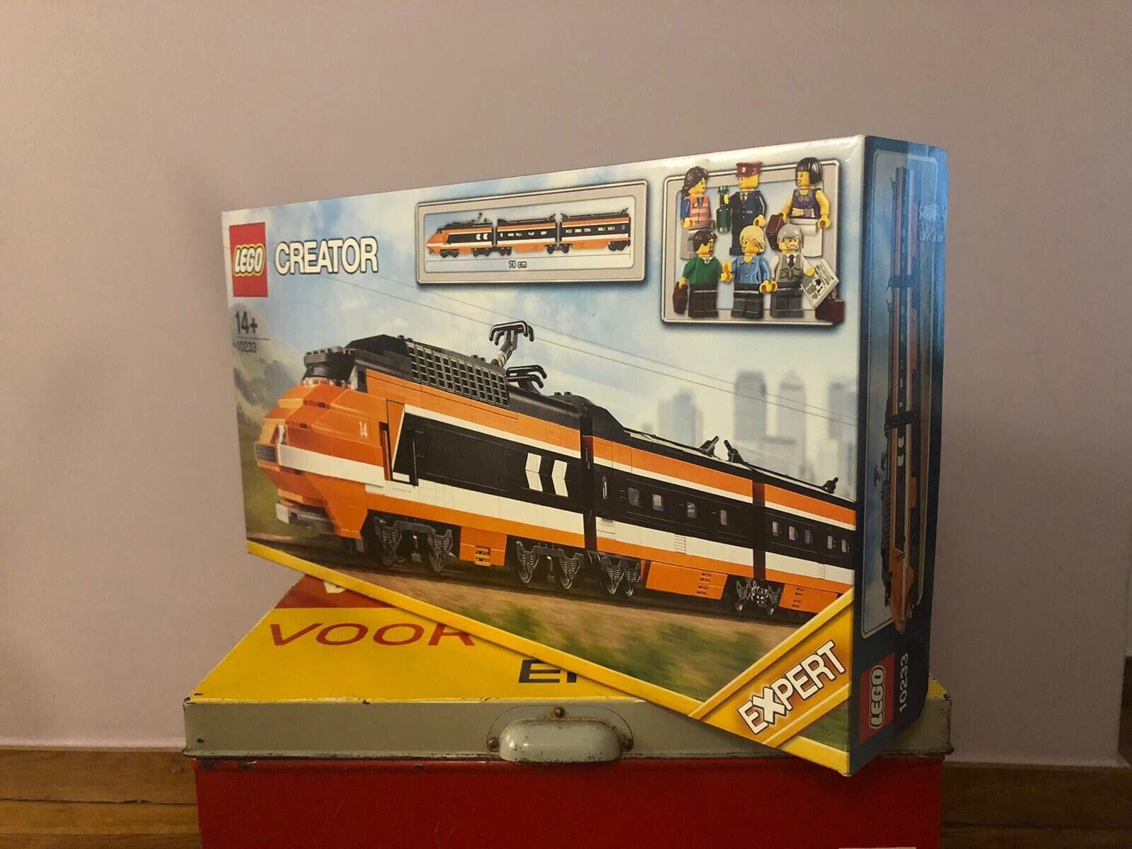 LEGO 10233 Creator Horizon Express - New - Sealed- Retirot