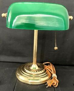 Vintage-Bankers-Desk-Lamp-Brass-Green-Glass-Shade-Pull-Chain-Piano-Read-Descript