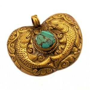 Repousse-Double-Fish-Brass-Pendant-Tibetan-Nepalese-Handmade-Nepal-PD971