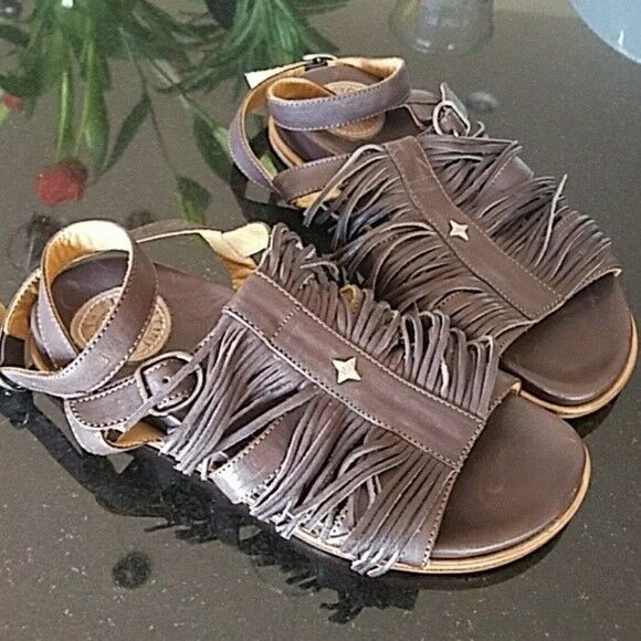 Fiorentini and Baker Fringed Sandals NWOT! Gorgeous, supple, spectacular!