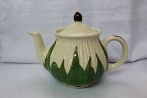 1940s White Corn SHAWNEE POTTERY CORN KING PATTERN 30 oz Teapot