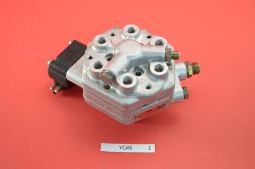 YC# 6  Mercedes 300e 260e 190e 300se fuel distributor 6 cylinder 0438101012 OEM