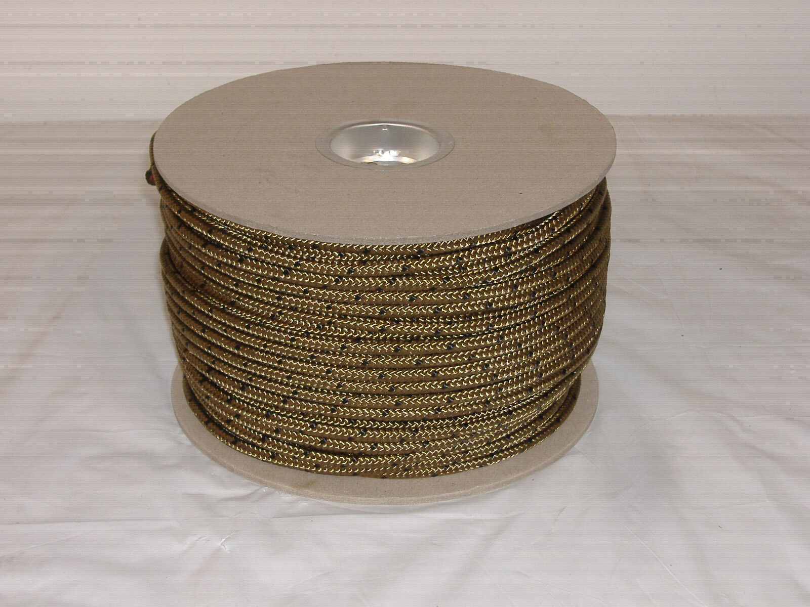 1 4  coyote  camo nylon braided rope 300 foot spool  high-quality merchandise and convenient, honest service