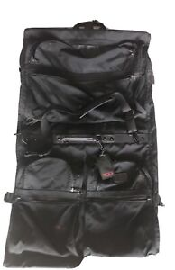 Tumi-Made-in-the-USA-Retractable-carry-on-Suit-garment-travel-bag