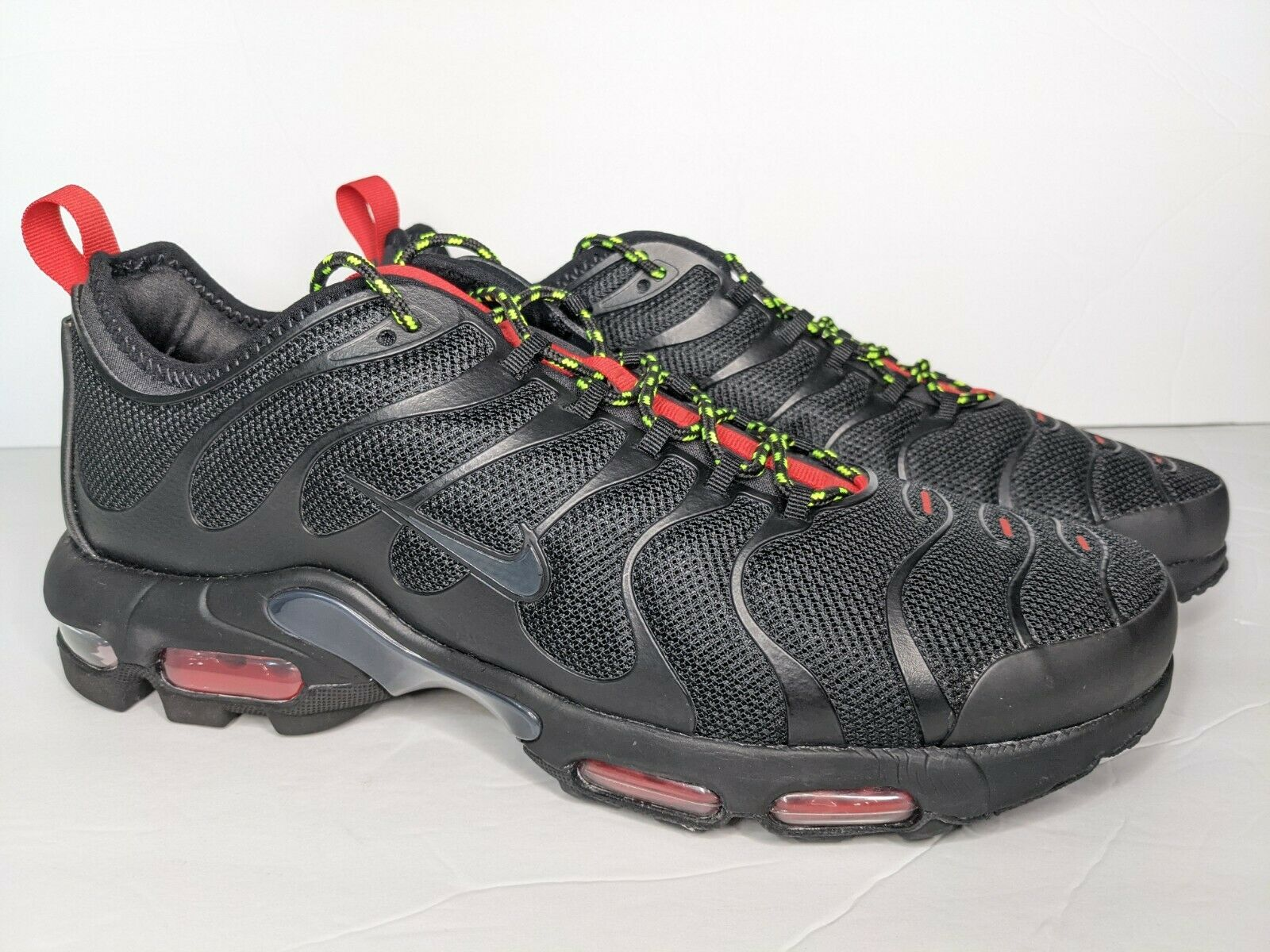 mentiroso cola vestíbulo  Nike Air Max Plus TN Ultra Black University Red Volt Mens Size 10 Ar4234  002 for sale online   eBay