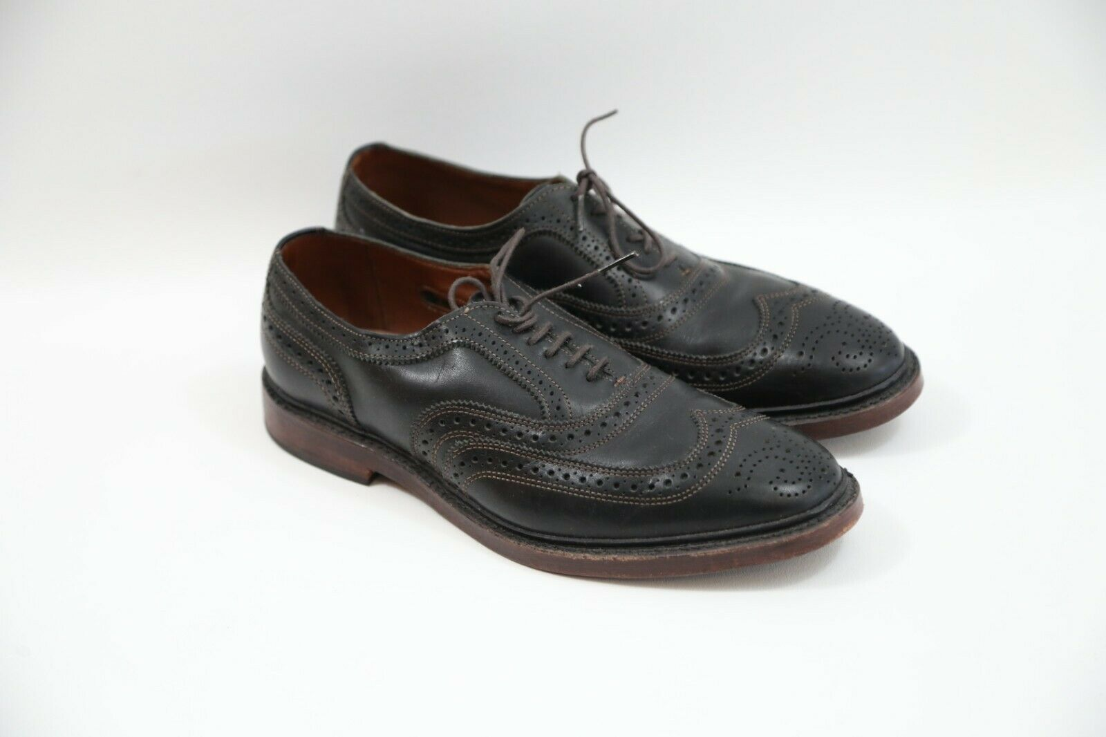 Allen Edmonds McTavish Wingtip Oxfords Size 8.5 D