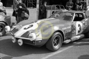 Photo-Le-Mans-24-Hours-1968-Chevrolet-Corvette-C3-Umberto-Maglioli-Henri-Greder
