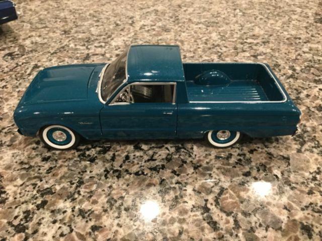 MOTOR MAX 1:24 1960 FORD RANCHERO DIE-CAST BLUE//GREEN 79321