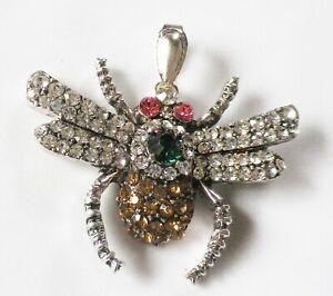 collier-pendentif-retro-couleur-argent-relief-insecte-cristaux-taille-COL107
