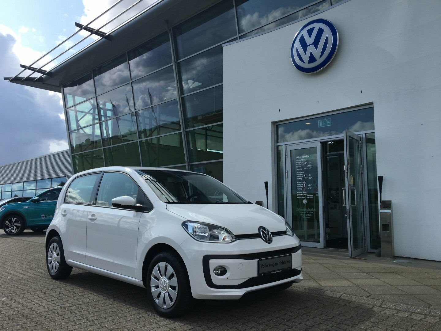 VW Up! 1,0 MPi 60 Move Up! BMT 5d - 107.000 kr.