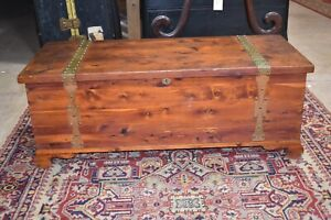 Details about Vintage Red Cedar Bedroom Blanket Chest Trunk, Antique  Furniture