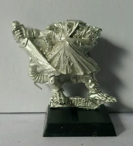 SKAVEN-Assassin-C-Mint-metal-model-Warhammer-AOS-RARE-marauder-1995-OOP