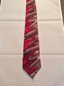 Vtg Jerry Garcia Silk Neck Tie -Red Flower w/ gold , green