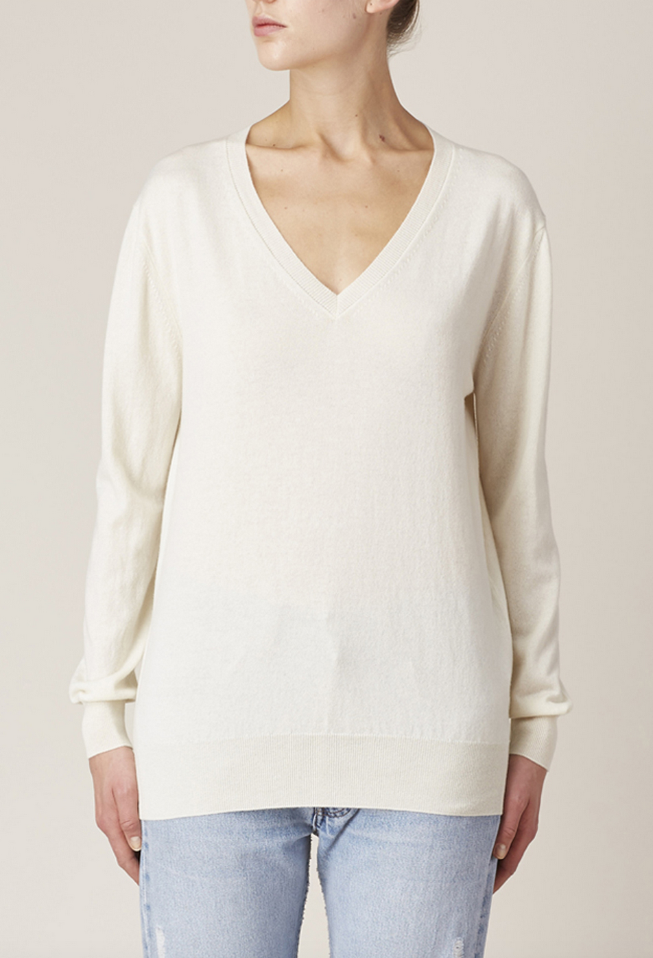 New  1390 The Row Sabry Cashmere V Neck Sweater in Ivory sz S