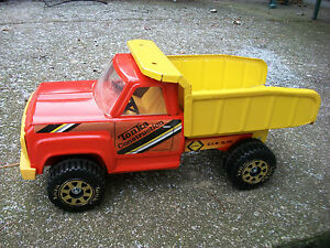 Tonka Construction Dump Truck 14 Long Vintage Collectable Toy Tonka