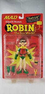 Figurine articulée Mad Alfred E. Neuman de Robin Boy Wonder Just Us League 6   Mad Alfred E. Neuman Action Figure Robin Boy Wonder Just Us League 6