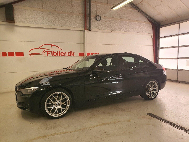 BMW 320d 2,0 aut. 4d - 145.800 kr.