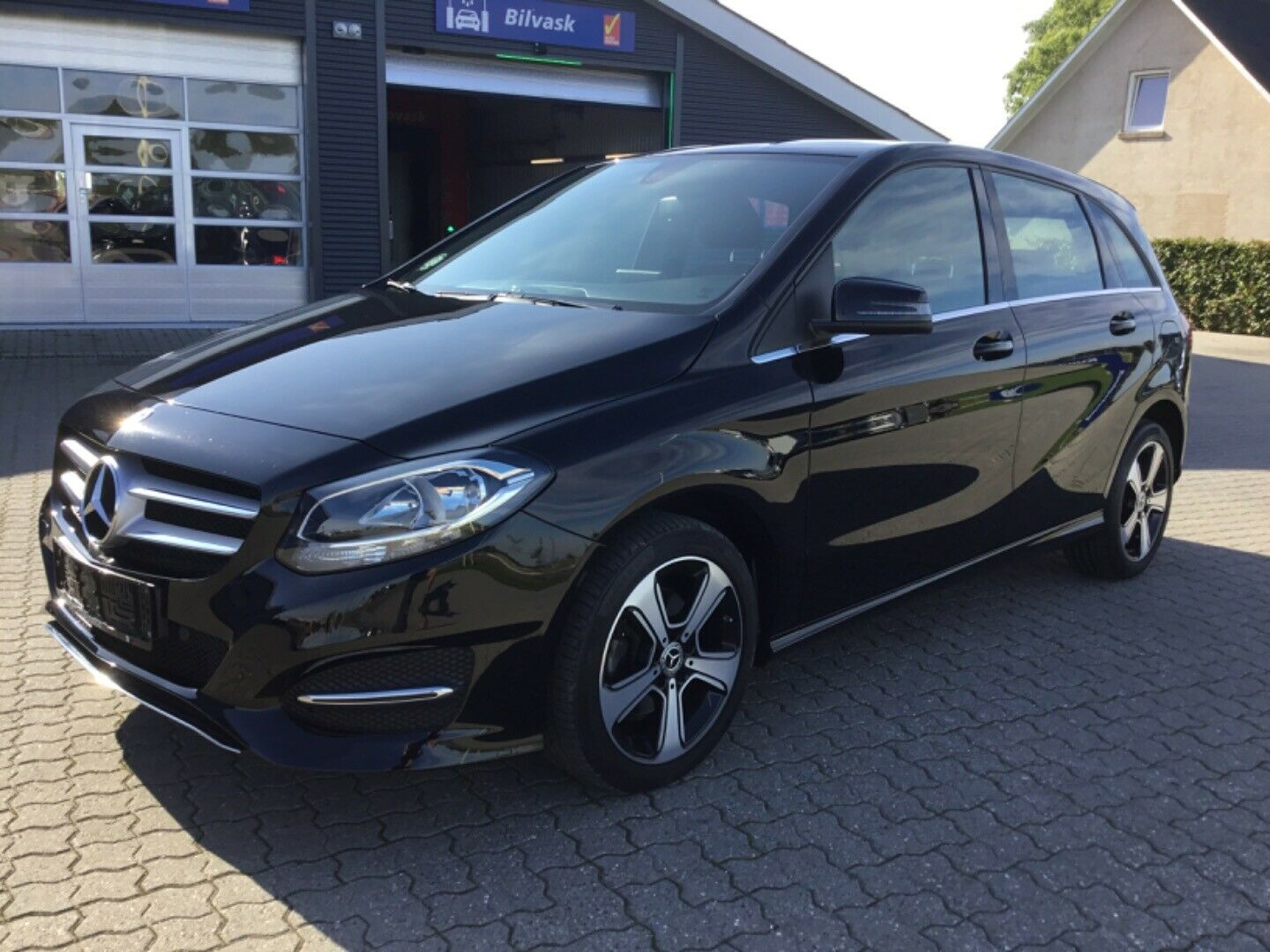 Mercedes B200 d 2,2 Business 5d
