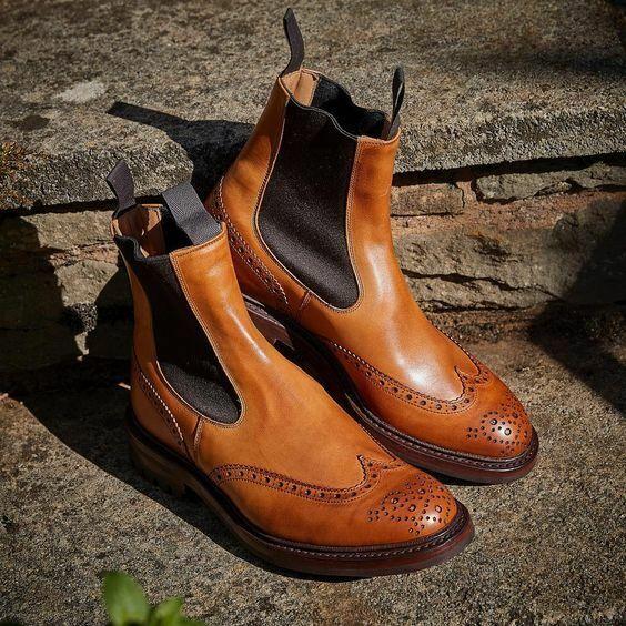 presa di marca Handmade tan chelsea stivali, stivali, stivali, Uomo wingtip brogue dress stivali, climber sole stivali  vendita online