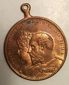 1902-King-EDWARD-VII-Queen-Alexandra-Crowned-Medal-Commemorative-Medallion