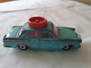 Una-Escuela-Vintage-Corgi-Austin-A60-de-236-Motoring