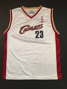 cheap for discount 0ea0b 2112a Details about Youth NBA Reebok Lebron James No 23 Cleveland Cavs Jersey  White Sz XL VGUC
