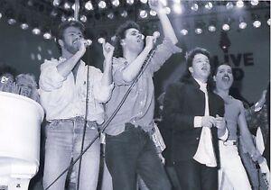 FREDDIE-MERCURY-GEORGE-MICHAEL-BONO-PHOTO-LIVE-AID-1985-UNIQUE-IMAGE-UNRELEASED