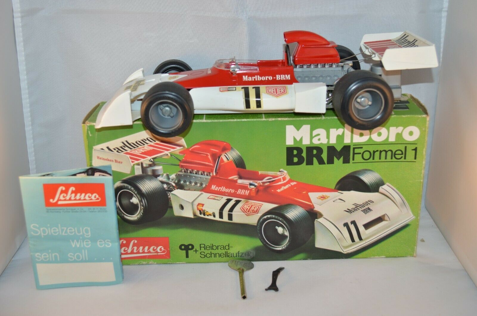 Schuco 1074 Marlbgold BRM  Formel 1 near mint in box SUPERB decal 11