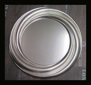 Details Zu Runder Wandspiegel Silber 68 Cm Elegant Rahmen Mit Facetteschliff Rund Neu Woe