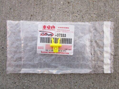 FITS 10-16 SUZUKI KIZASHI HOOD SUPPORT ROD HOLDER CLAMP QTY 1 OEM BRAND NEW
