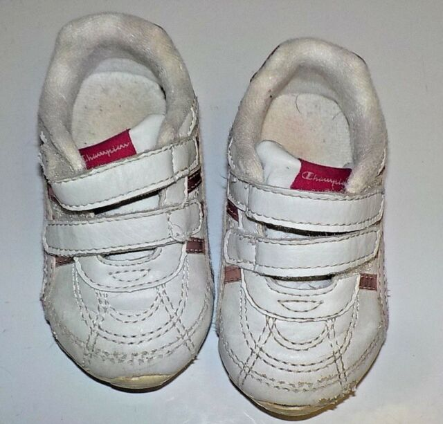 81a3f1486c6f8e Stride Rite baby girl s white leather casual shoes size W 4
