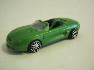 Maisto-Green-Mustang-Mach-III-Fair-Condition-EB6-13