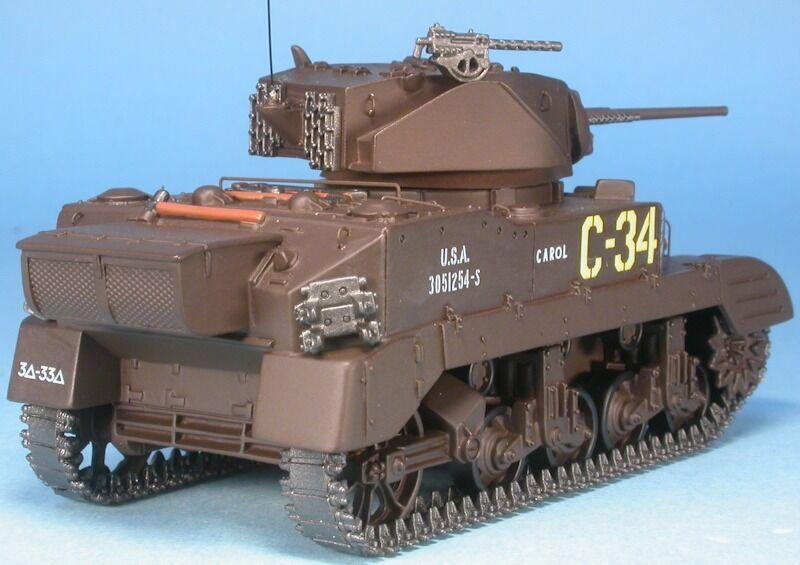 MASTER FIGHTER 1 48 TANK US M5A1 STUART char leger 1944 St LO ref48563US