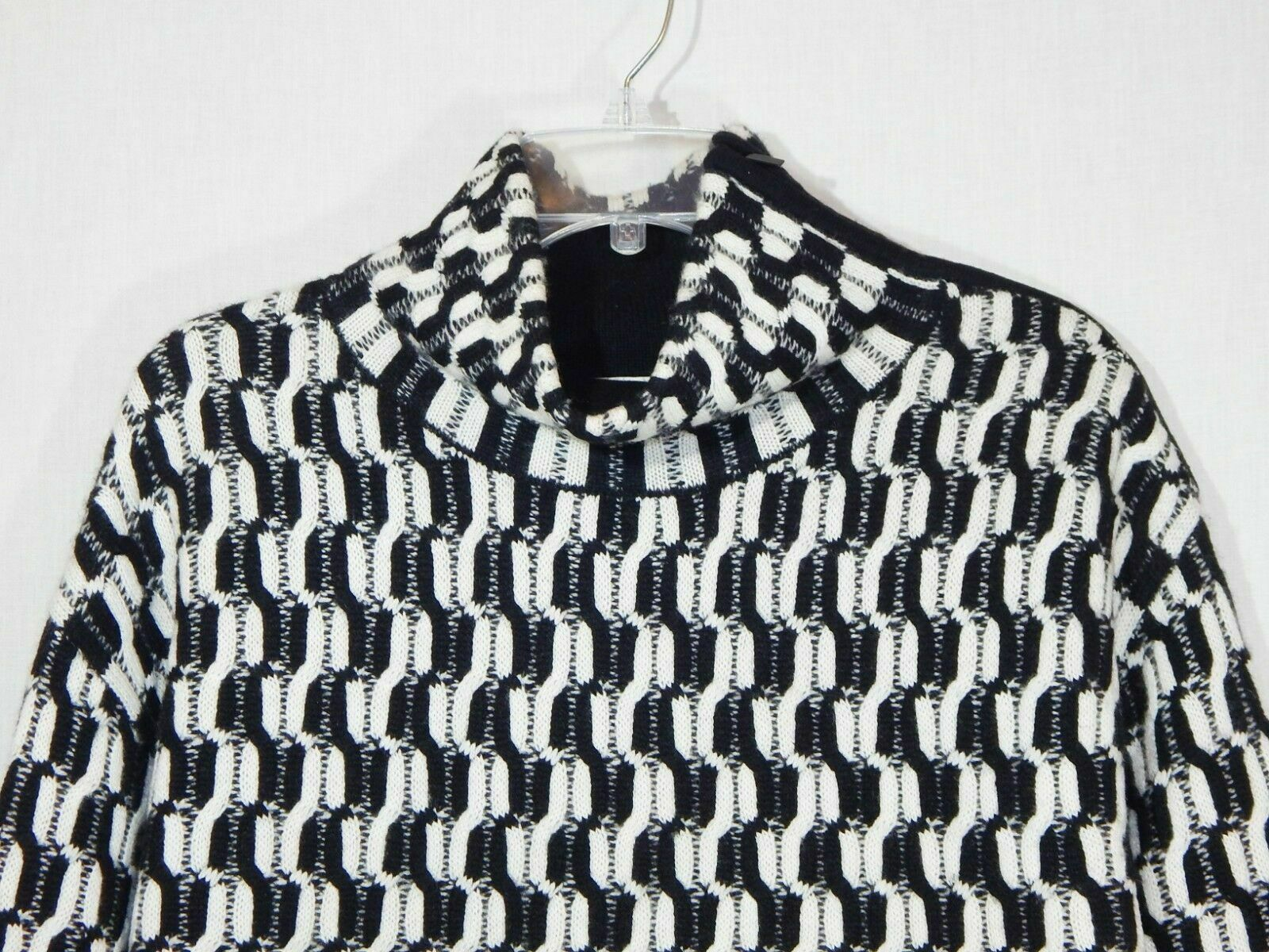 100% Cashmere NORDSTROM COLLECTION Black White Do… - image 12