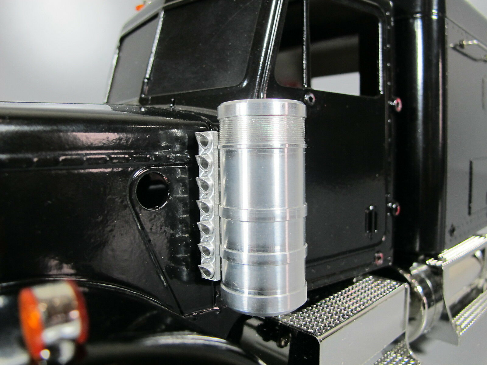 Tanque de admisión de aire Limpiador De Aluminio Pair Soporte Tamiya 1 14 Semi King Grand Hauler