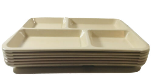 Carlisle TV Dinner Camping Picnic Lunch Trays 4 Compartment Plates Lot Of 6