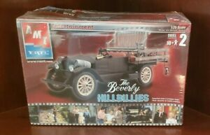 AMT THE BEVERLY HILLBILLIES TV SHOW PLASTIC MODEL KIT 1:25 SCALE IN SEALED BOX
