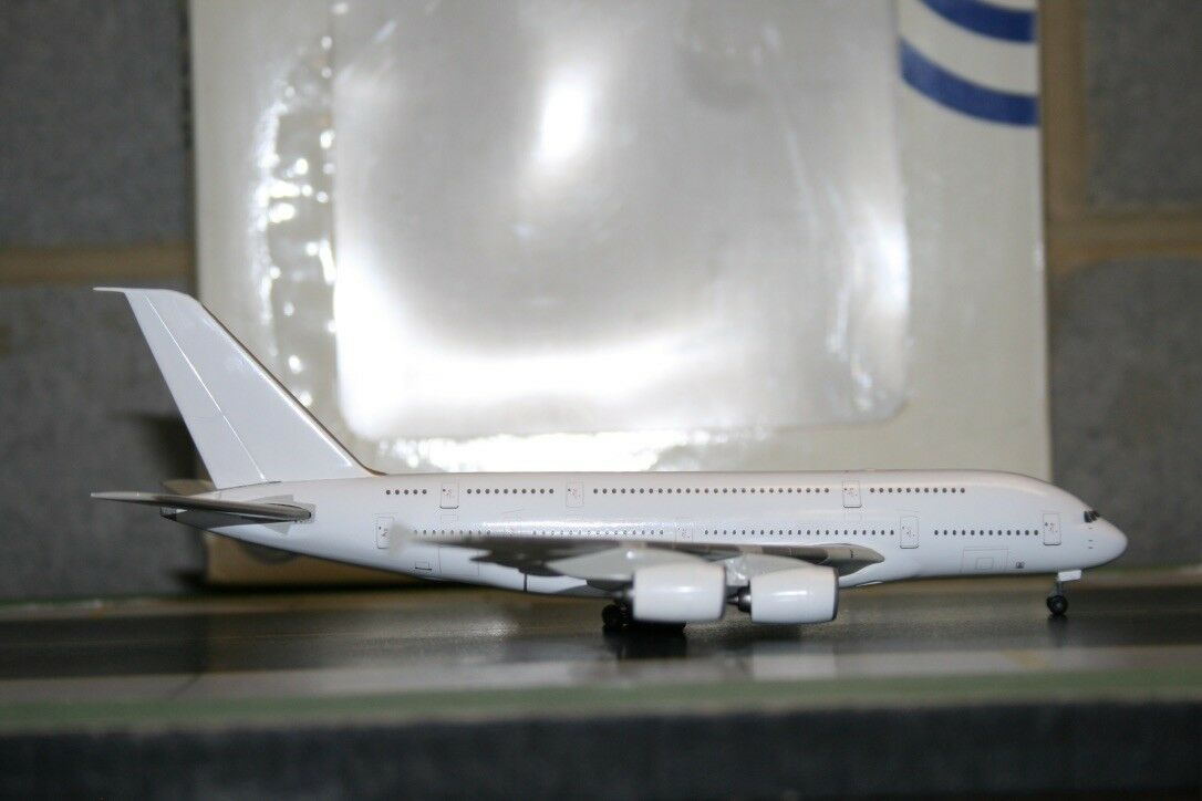 Your Craftsman 1 400 Airbus Industries A380 Die-Cast Model Plane defect