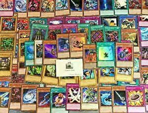 Yu-Gi-Oh-Lot-de-100-cartes-communes-francaises-Aucun-double-6-Cartes-Brillantes