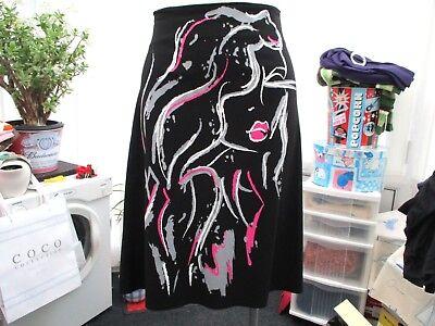 """""""internacionale"""" Donna Nero Gonna Taglia 12 Con Motivo Rosa E Bianco-e"""" Ladies Black Skirt Size 12 With Pink And White Pattern It-it Mostra Il Titolo Originale"""
