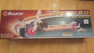 Brand New * RAZOR Spark 2.0 kick scooter