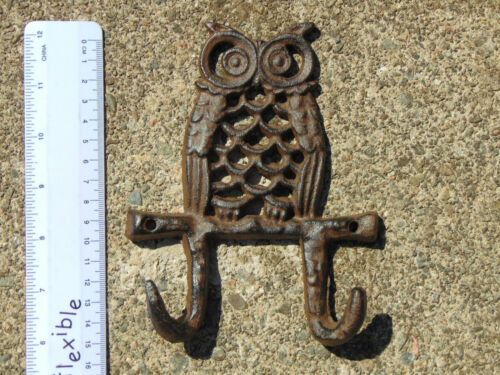 Designed To Screw to Walls Fences Ect Brand new Rustic Old Owl Hooks