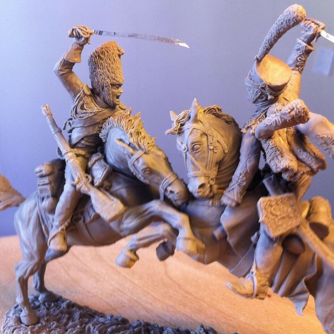 French grenadier & Russian hussar. Cast parts for the assembly of tin soldiers.