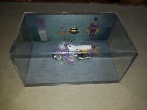 EAGLEMOSS BATMAN AUTOMOBILIA 1/43 D/CAST Bat Girl motorbike CLASSIC 1966 TV