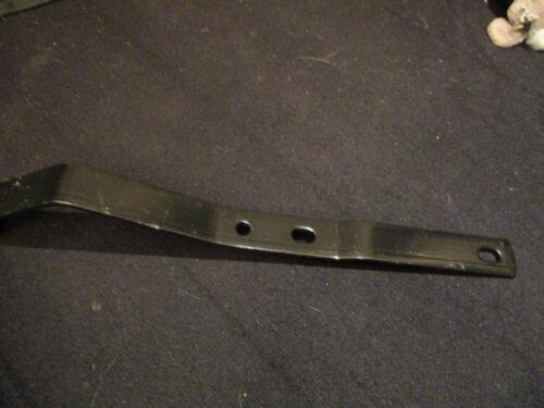 MG  MIDGET STOSSSTANGEHALTER HINTEN AHA9465Z 70//74