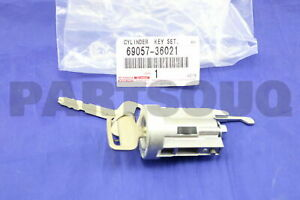 Toyota 69057-90802 Ignition Switch Lock Cylinder and Key Set