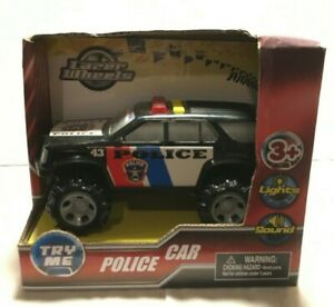 BRAND NEW IN PACKAGE LAZER WHEELS POLICE SUV LIGHTS UP WITH SOUND AGES 3+