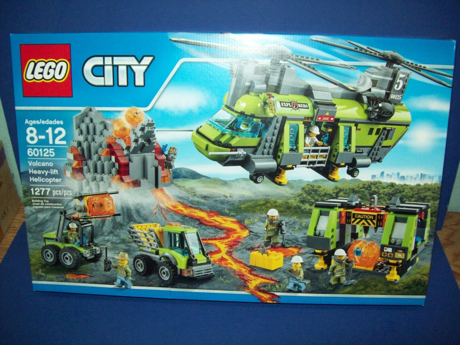 LEGO City 60125 VOLCANO HEAVY-LIFT HELICOPTER 1277 pcs New Sealed 8 mini figure